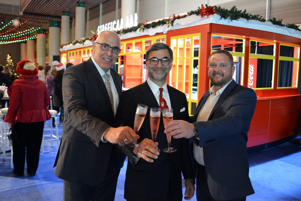 New Streetcar Bar Christened At New Orleans Ernest N Morial